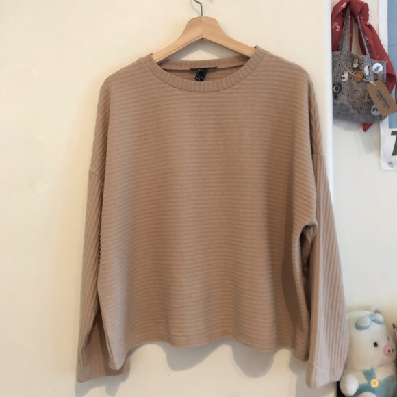 Forever 21 Tops - Forever 21 Lounge Sweater
